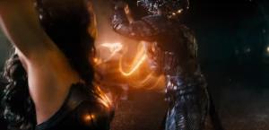 Wonder Woman enfrentando a Steppenwolf